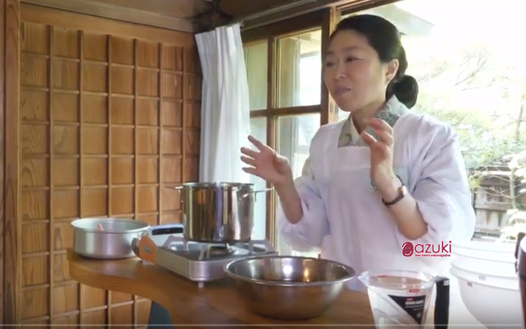 How to cook azuki (red beans) softly.